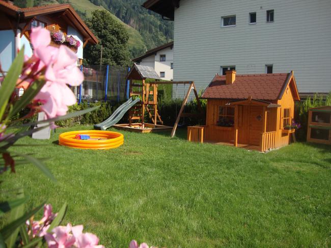 """Sommerurlaub in der Ferienwohnung """"Drei-Berge-Blick"""" in Dorfgastein, Haus Schnepfleitner"""